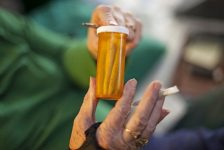 Old Dog, New Spliffs: Senior Citizens Get Schooled on Cannabis