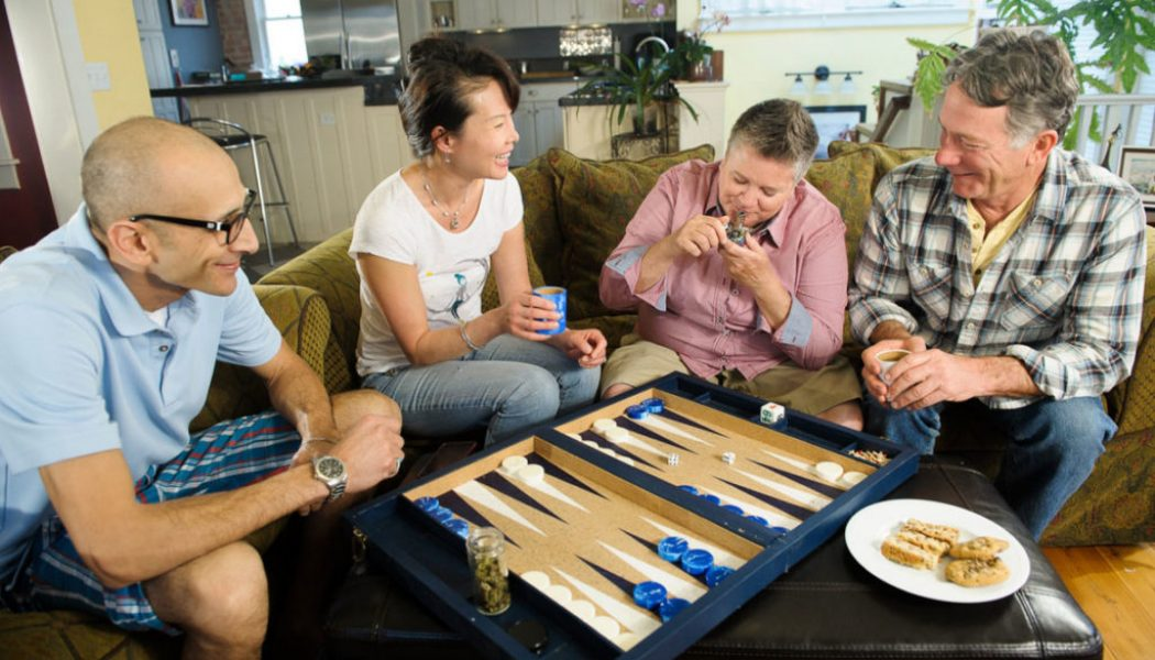 Seniors Suffering From Opioid Addiction: 'Thank You Cannabis!'