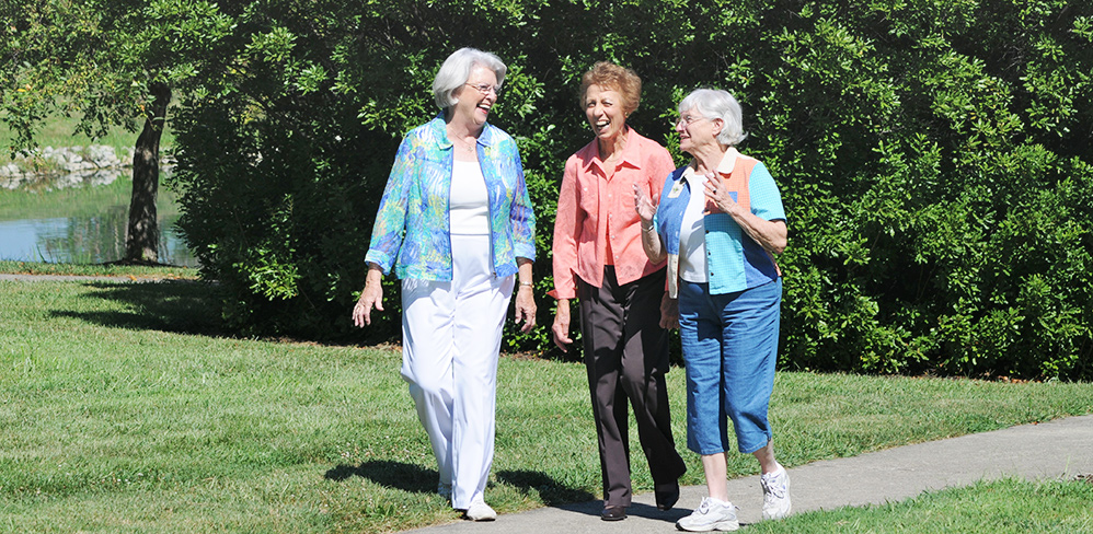 https://seniorsforcbd.com/wp-content/uploads/2019/04/active-seniors.jpg